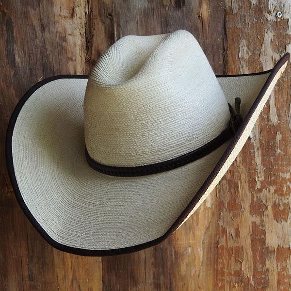 Cowboy-Hut-Cattleman-Dessert